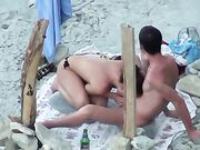 Couple Blowjob at Secluded Beach Unaware They Are Filmed